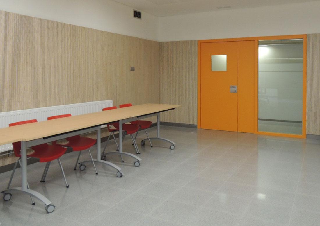Mobiliario para espacios p blicos unifust Mobiliario para espacios reducidos