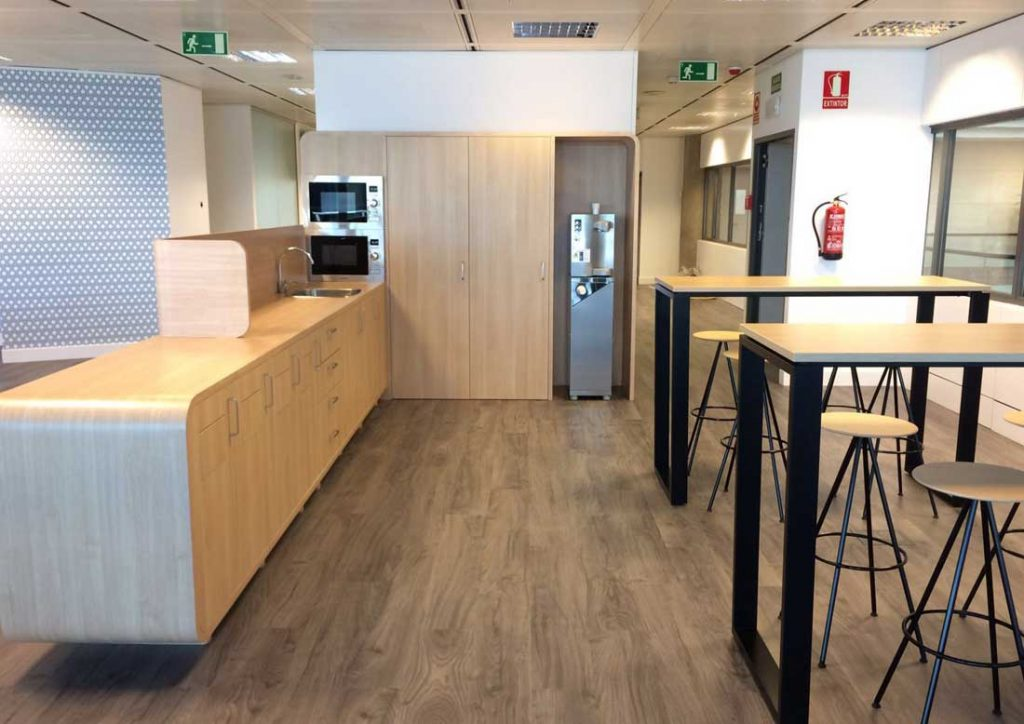 Mobiliario para oficinas unifust for Mobiliario modular para oficina